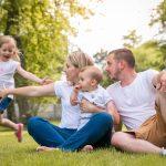 Seance photo-parc-famille-lifestyle-en extérieur-photographe eure et loir-