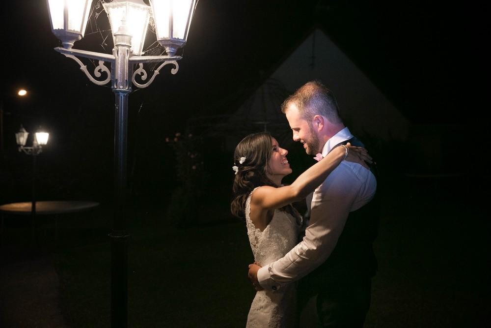 mariage-champêtre-chic-bohème-photo de couple-soirée