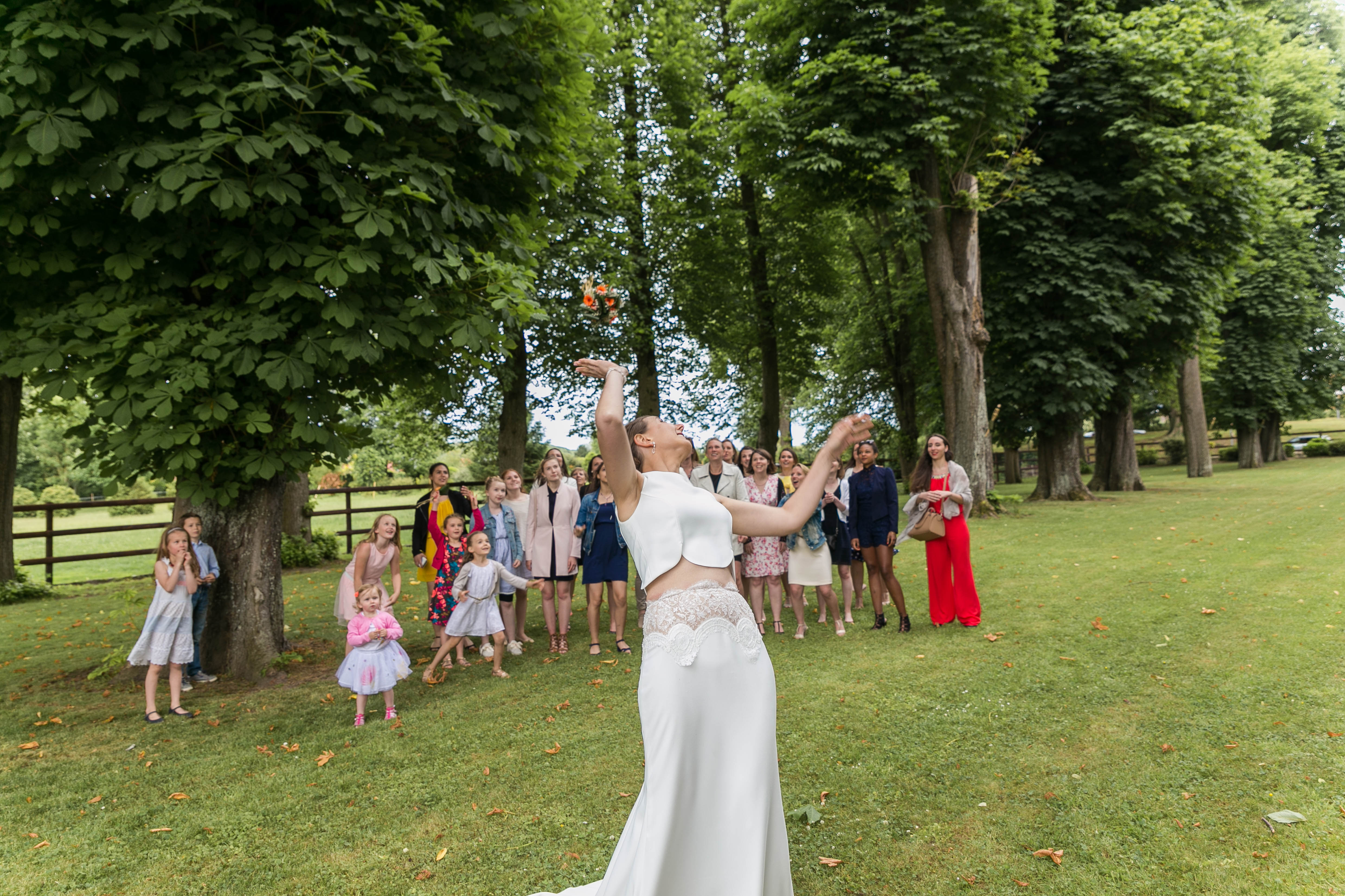 Mariage au chateau de rebreuve ranchicourt-nord pas de calais-Nord-bouquet mariée