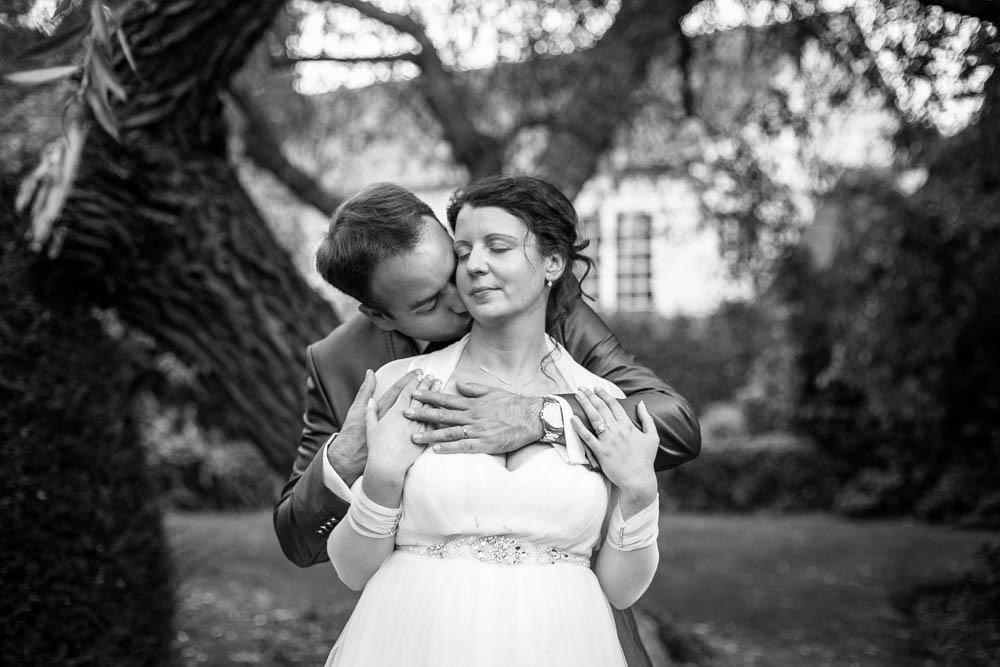 mariage au Domaine des Clos Vallées - enceinte - Yvelines - magicien - colombes - cocktail - vin d'honneur - photos de couple