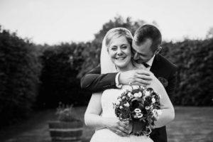 ferme de fouville - photo de couple - mariage bordeaux - photographe eure et loir - photographe de mariage chartres