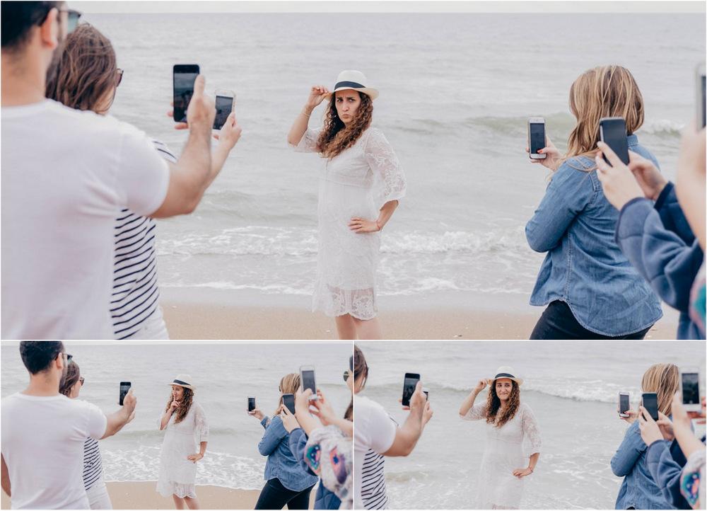 selfies sur la plage de cabourg - selfie evjf cabourg - selfie sur la plage de cabourg - evjf cabourg - photographe evjf - photographe mariage