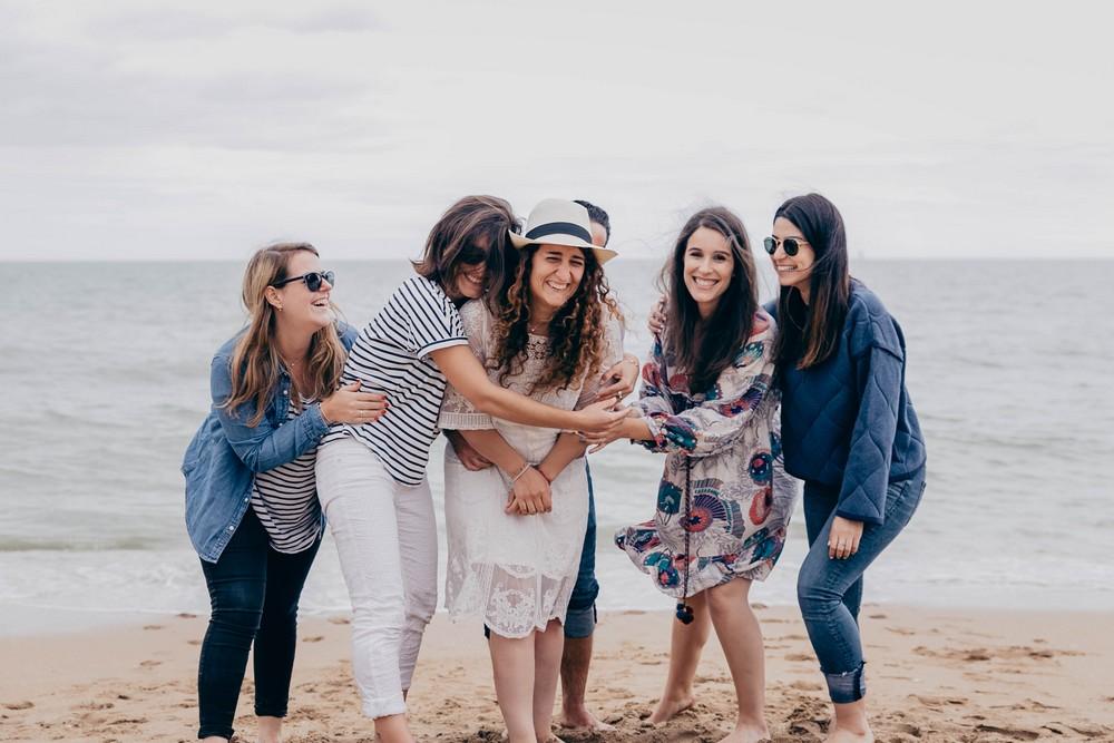 evjf entre copines - realiser un evjf à cabourg - realiser son evjf sur la plage de cabourg