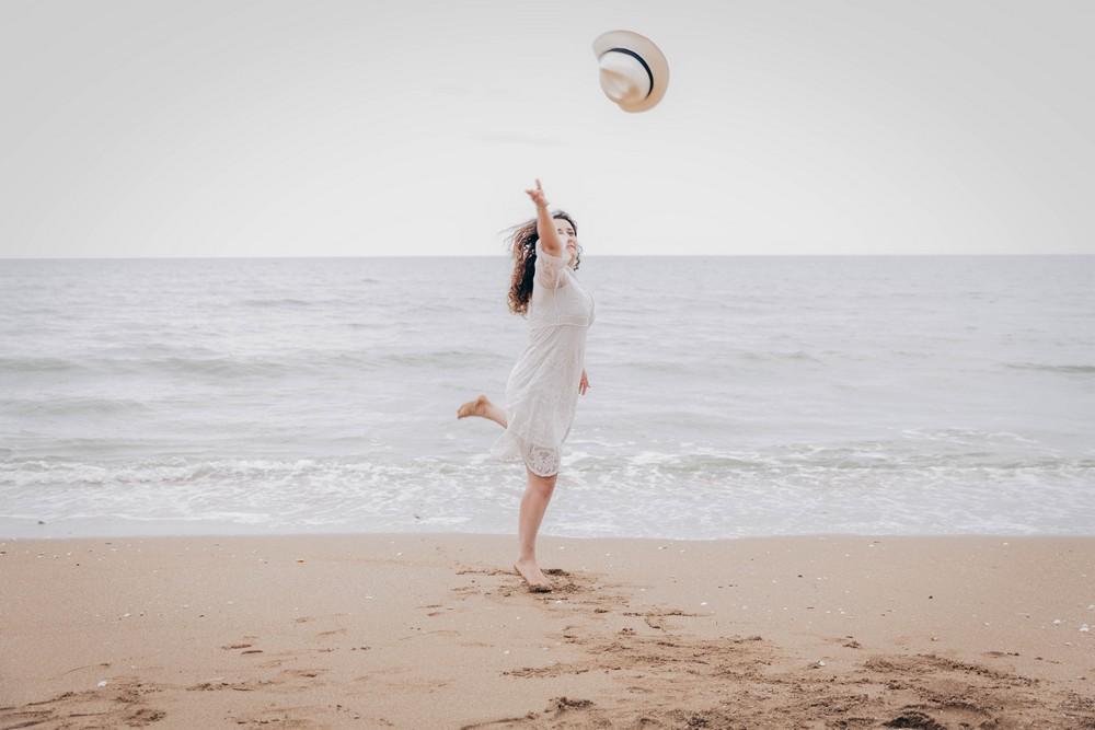 photographe evjf normandie - photographe evjf calvados - photographe mariage calvados - photographe mariage normandie - cabourg - deauville - sur la plage