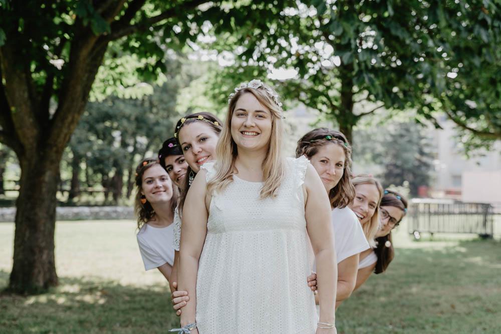 copines de la mariée - campagne - photographe chartres - beauce - evjf - normandie - evreux - eure - idee shooting photo evjf chartres