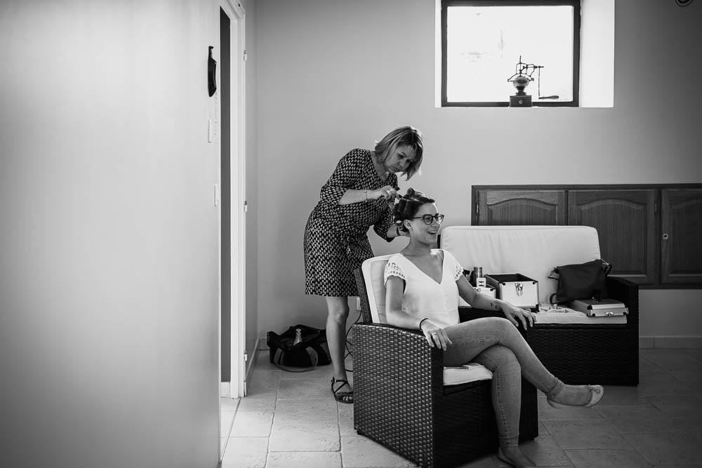 preparatifs des maries - coiffure de la mariee - photographe chartres - eure et loir - orne