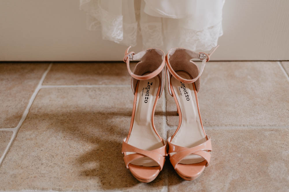 chaussures repetto - robe rembo stylling - mariage champetre - photographe mariage - eure et loir - chartres