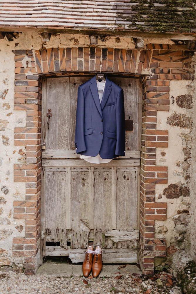 costume du marie - blandin & delloye - mariage en eure et loir - champetre - colonel moutarde