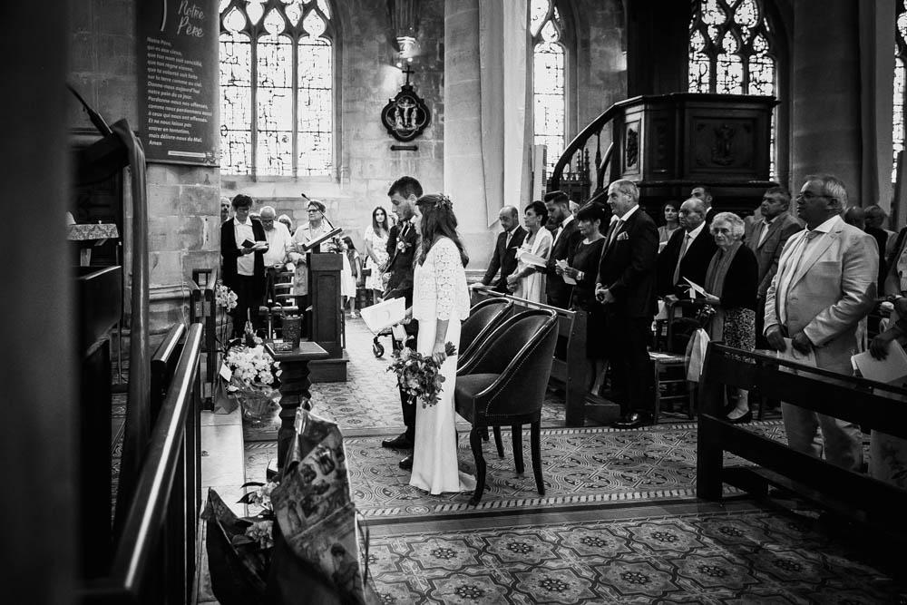 mariage religieux - eglise saint michel - calvados - lisieux - mariage champetre en normandie - photographe mariage calvados