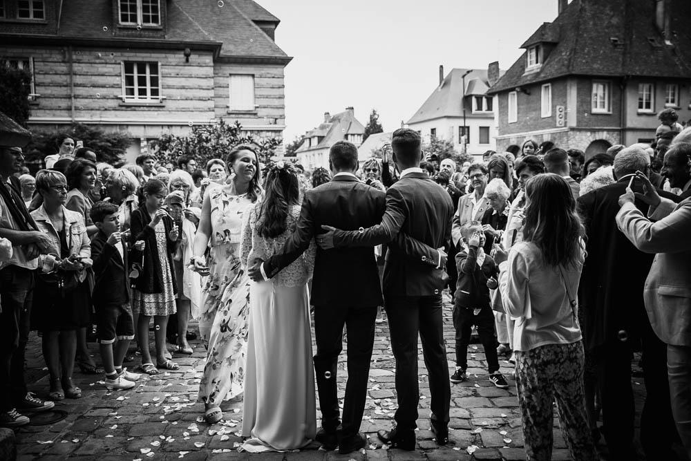 eglise pont l'eveque - calvados - mariage champetre - normandie - photographe mariage eure