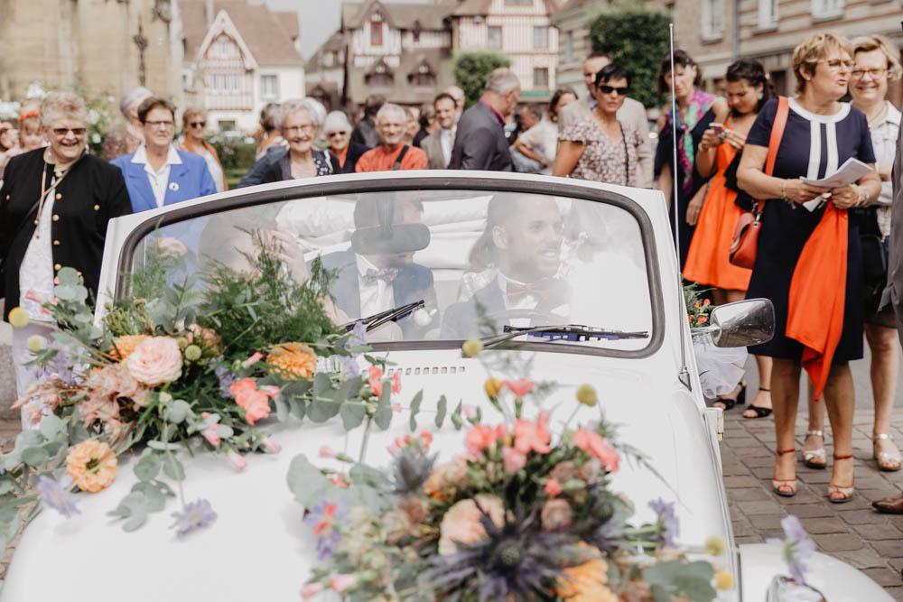 basilique lisieux - se marier en normandie - mariage champetre - eure - calvados - lisieux - evreux - rouen - voiture coccinelle