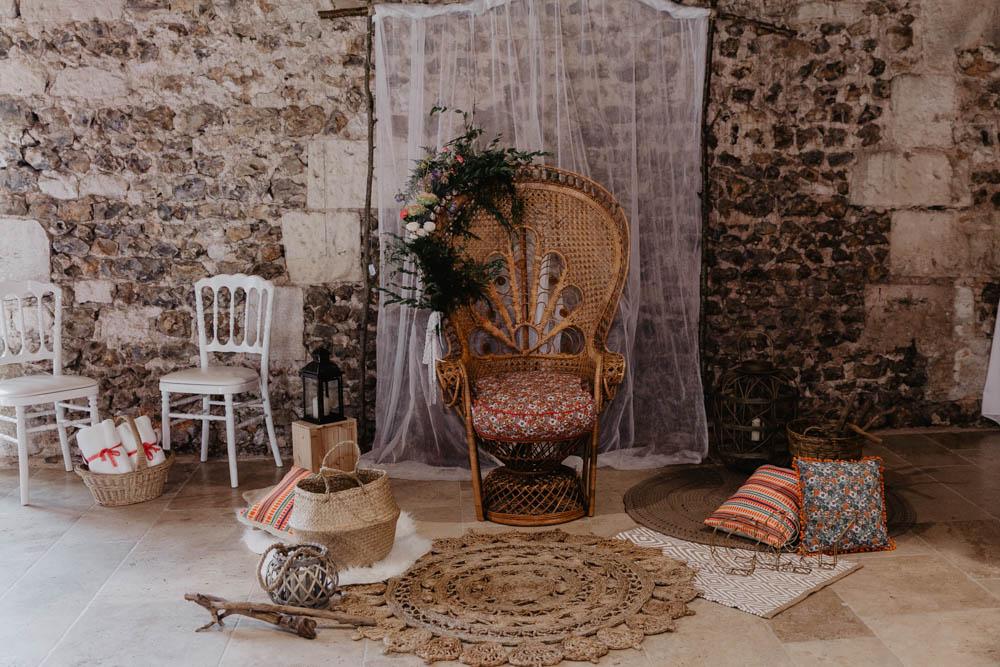 fauteuil en osier - mariage boheme - chic - photographe mariage eure - mariage champetre en normandie