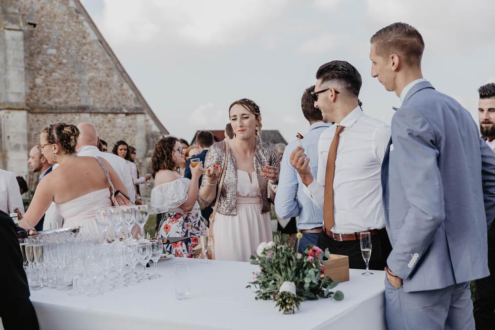 coktail à la grange de renneville - mariage champetre en normandie - photographe mariage eure - evreux