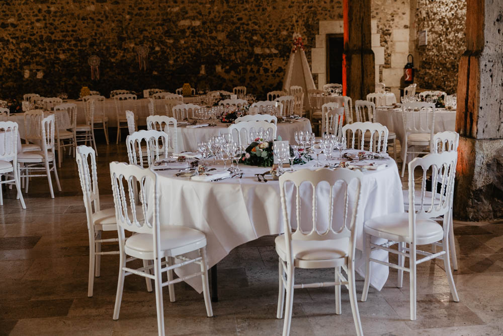salle de reception - mariage champetre - en normandie - grange de renneville - evreux - photographe mariage eure