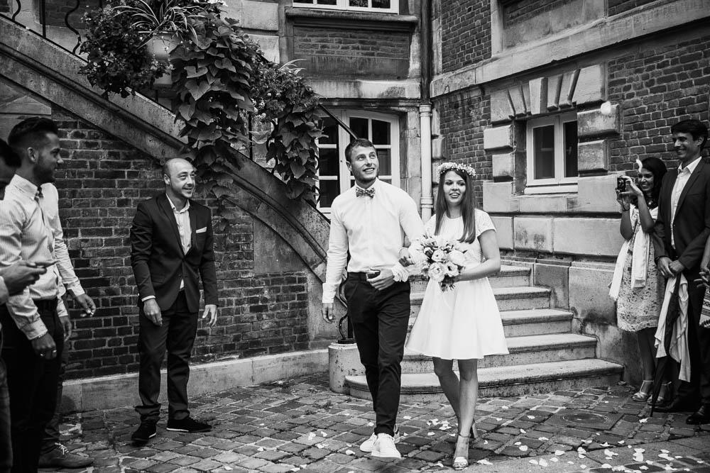 mariage à la mairie de pont l eveque - calvados - normandie - mariage champetre