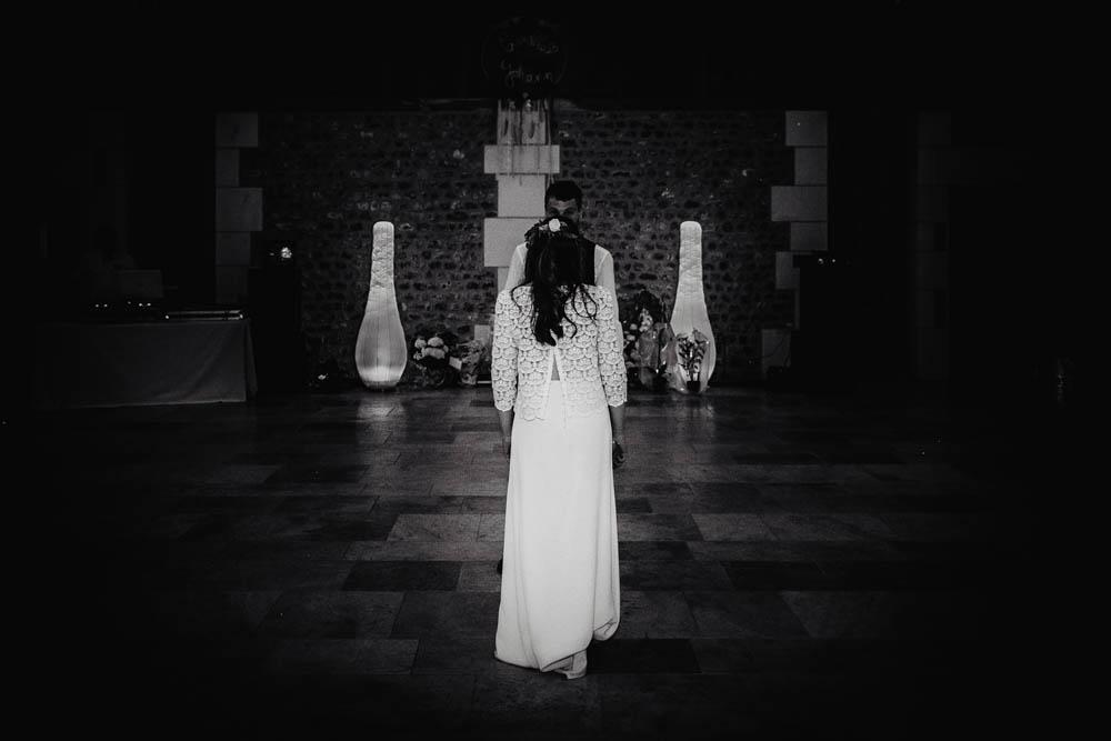 première danse des mariés - choregraphie - photo noir et blanc - N&B