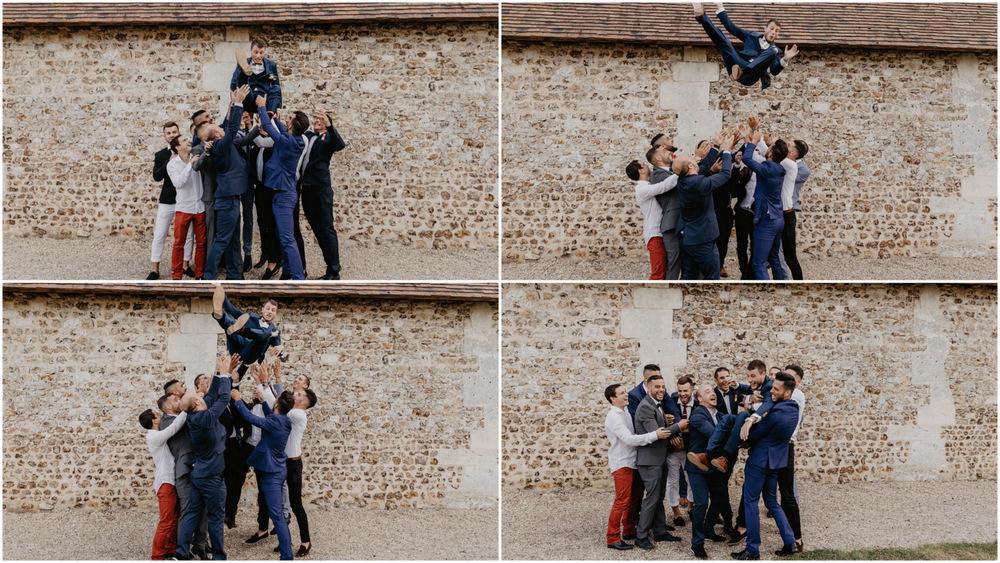 groom - lancer du marié - copains du marié - bande de potes - témoins du marié