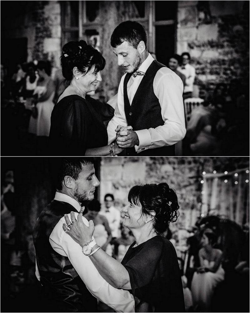 marié danse avec sa mere - ouverture de bal - mariage - mere et fils - photographe mariage eure - soirée de mariage - mariage champetre en normandie - dans le perche