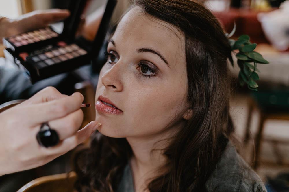 préparatifs de la mariée - maquillage de la mariée - mariage champetre - photographe mariage normandie - calvados
