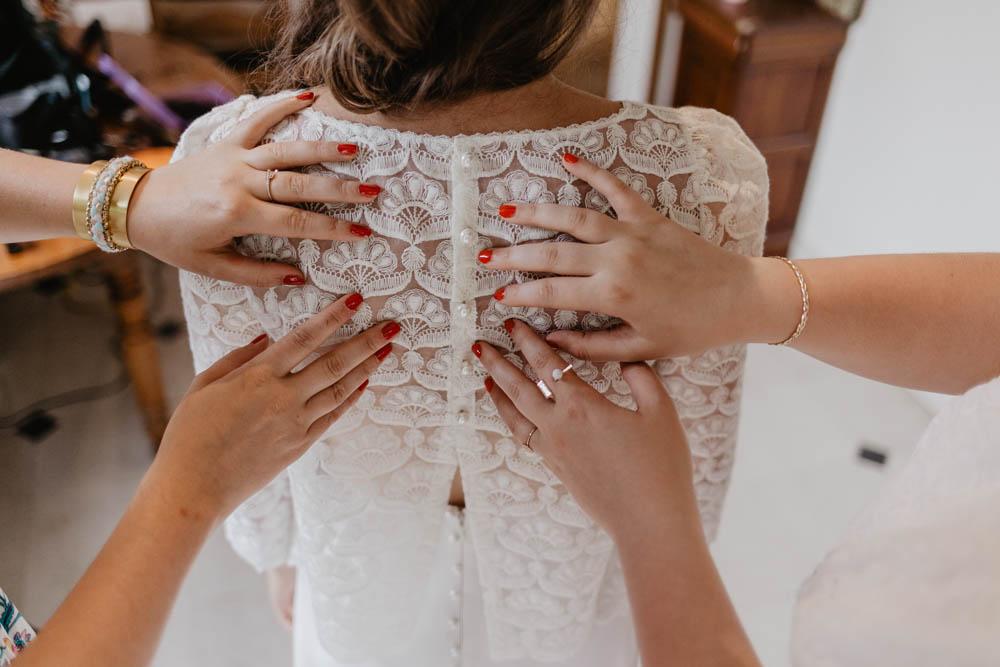 laure de sagazan créatrice - robe de la mariée - mariage champetre et boheme en normandie - photographe de mariage dans le calvados