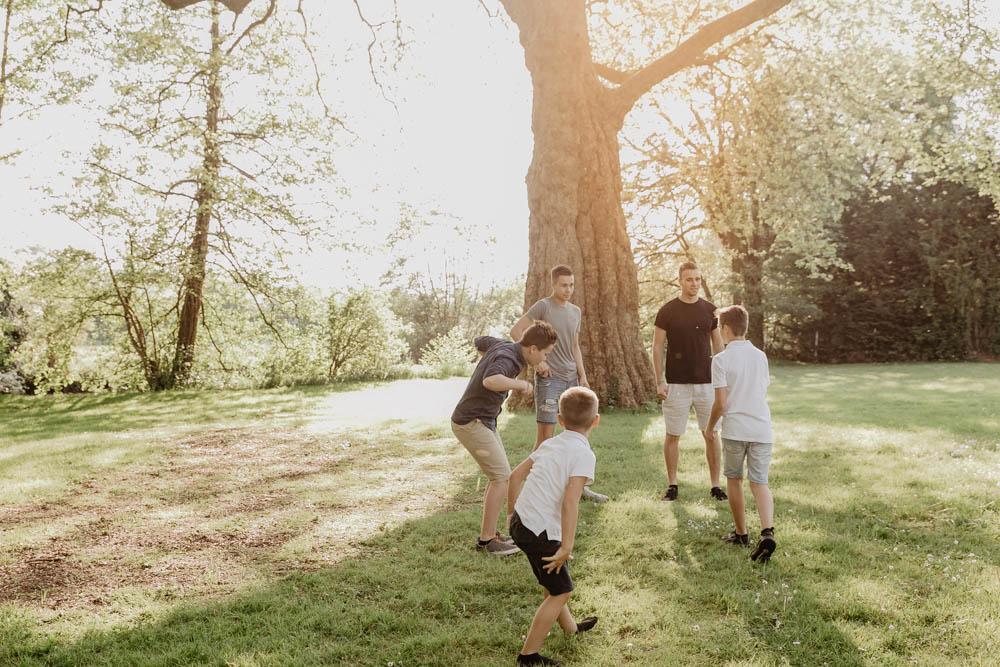 séance photo en famille - plusieurs familles - plusieurs générations - photographe eure - photographe eure et loir
