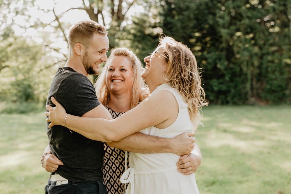 plusieurs familles - photo en famille - plusieurs générations - photographe