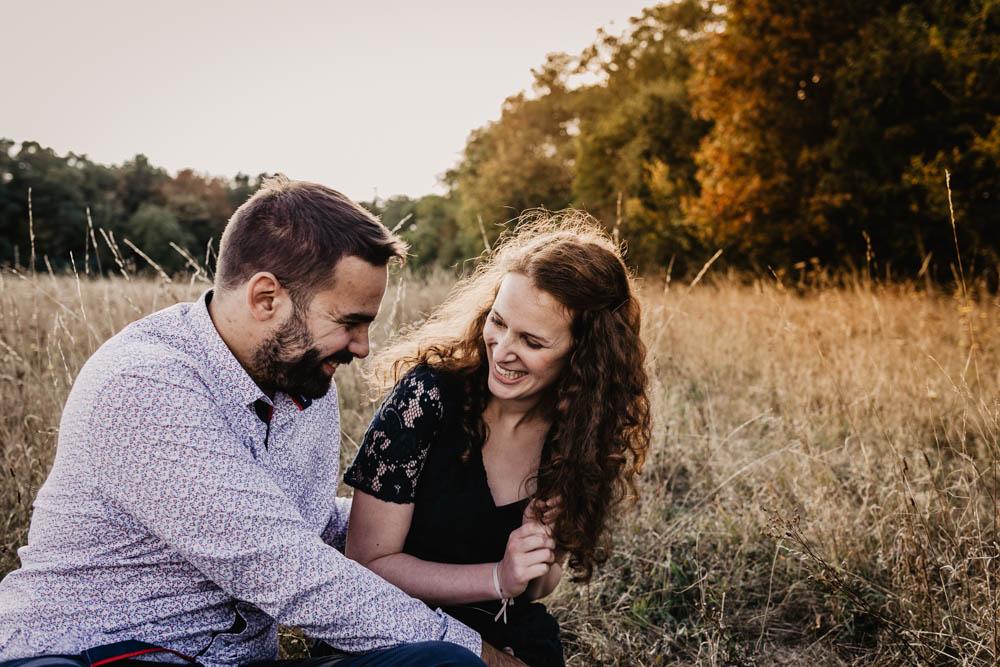 photographe eure et loir - mariage - champetre - boheme - nature - une seance engagement - rousse