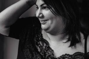 portrait de femmes - toutes les femmes sont belles - photographe eure et loir - femme ronde