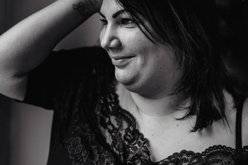 photographe 28 - portrait femme - ronde - rondeurs - photographe eure