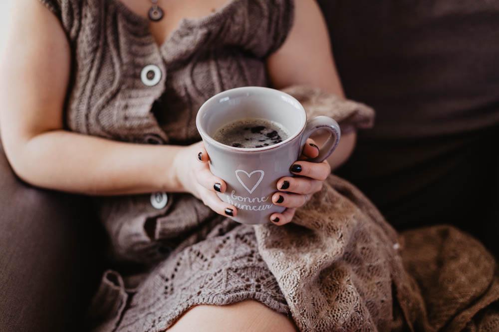 tasse de café - bonne humeur - good mood - dimanche matin - cocooning - photographe