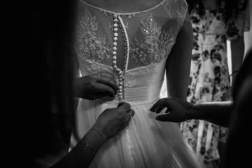 dentelle - noir et blanc - photographe pour mariage - eure et loir - yvelines - mariage au manoir de vacheresses