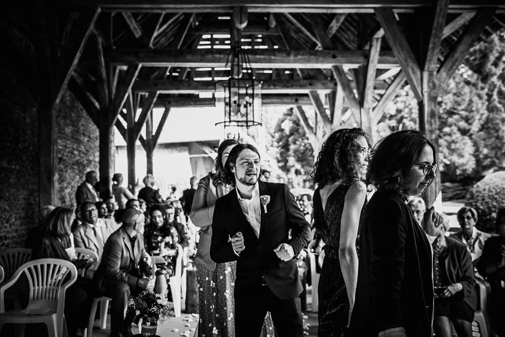 noir et blanc - photographe de mariages champetre - eure et loir - chartres - evreux - rambouillet - ceremonie laique - mariage au manoir de vacheresses