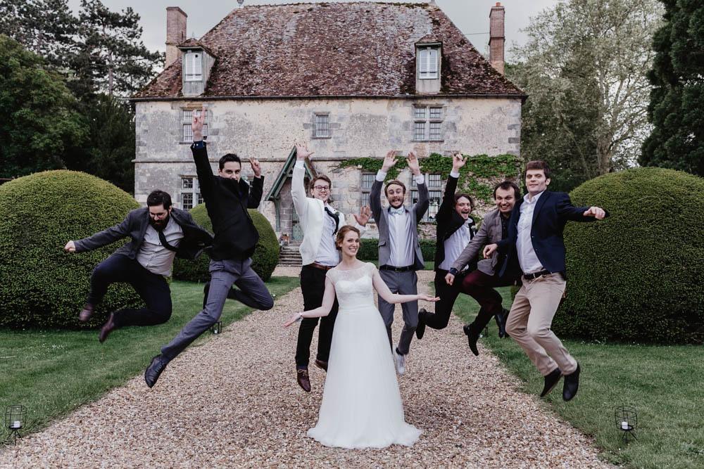 photos de groupes - mariage champetre - amis - temoins - fun - manoir de vacheresses - eure et loir