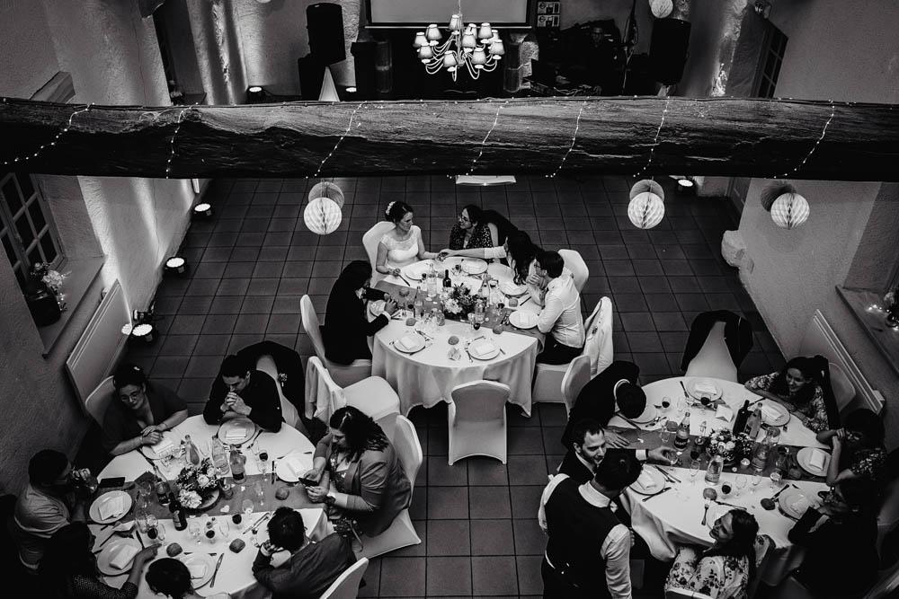 salle de reception - soiree de mariage - repas - manoir de vacheresses - photographe eure et loir
