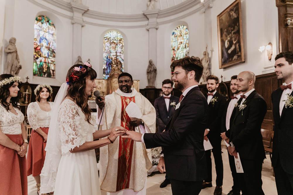 eglise saint nicolas - ferte vidame - photographe eure et loir - echange des alliances - ceremonie religieuse - verneuil sur avre - chartres