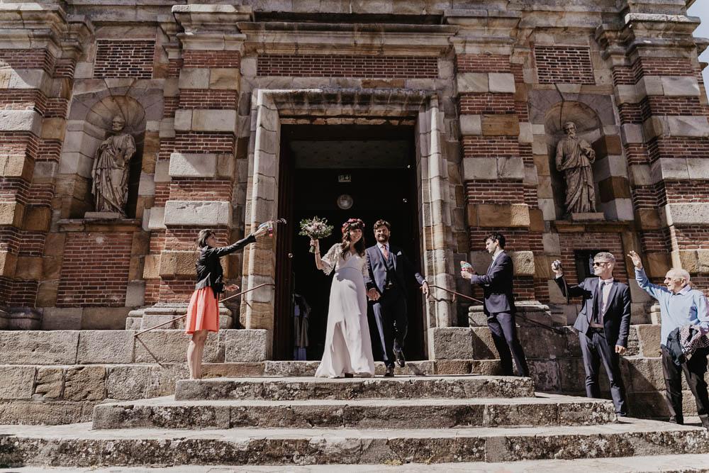 maries heureux - sortie d eglise saint nicolas - religieux - ferte vidame - photographe verneuil sur avre - chartres - evreux - eure et loir - perche