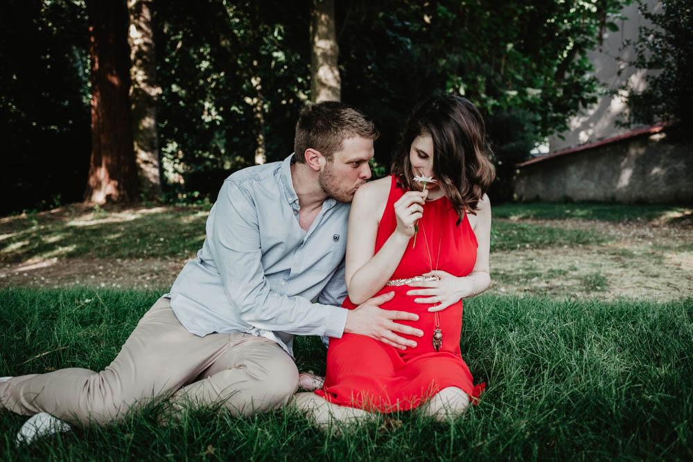 verneuil sur avre - evreux - chartres - photographe - grossesse - champetre - enceinte - futurs parents - bebe - 28 - 27 - 61