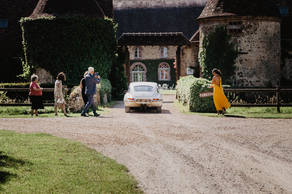 domaine des evis - photographe eure et loir - dans le perche - chapelle fortin - verneuil sur avre - evreux - chartres - orne - jaguar pour mariage