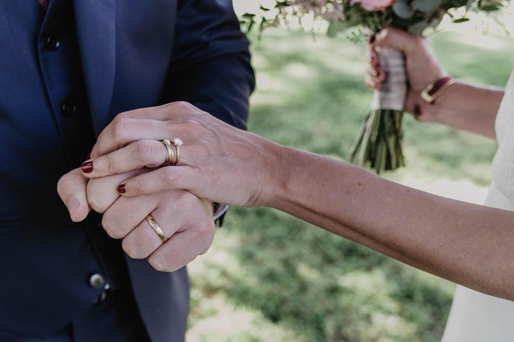 alliances - domaine des evis - eure et loir - perche - photographe chartres mariage - verneuil sur avre