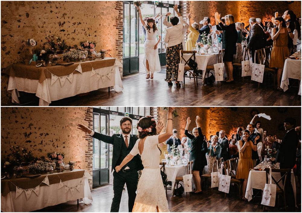 entree des maries - danse - domaine des evis - repas de noces - erisay receptions - soiree - fun - photographe chartres - eure et loir - verneuil sur avre - perche - salle de diner