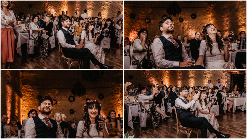 soiree de mariage - retro projecteur - rires - lumieres tamisees - domaine des evis - photographe verneuil sur avre - chartres - evreux - perche