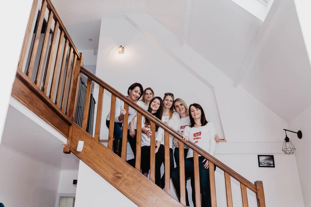 photographe evjf - chartres - photographe eure et loir - evjf entre copines - entre filles - evjf a la maison - chez soi - cocooning