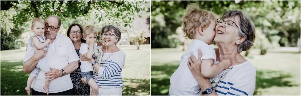 shooting photo famille nombreuse - photographe famille eure et loir - chartres - verneuil sur avre - dans le perche - grand parents - petits enfants - souvenirs