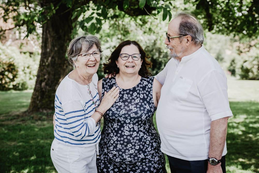 photographe famille verneuil sur avre - eure et loir - photographe chartres - famille nombreuse - grand parents - pluri generations
