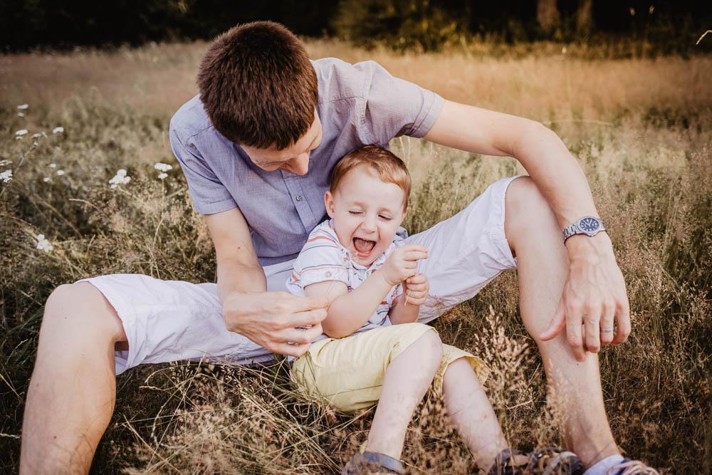 photographe pour familles - senonches - dreux - verneuil sur avre - chartres - eure et loir - 27 - 28 - 61 - dans le perche