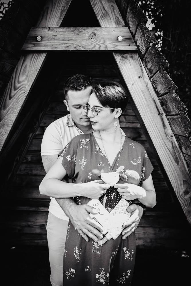 couple de futurs parents - femme enceinte - bebe - photographe eure et loir - photographe grossesse - style naturel - doux - chartres - senonches